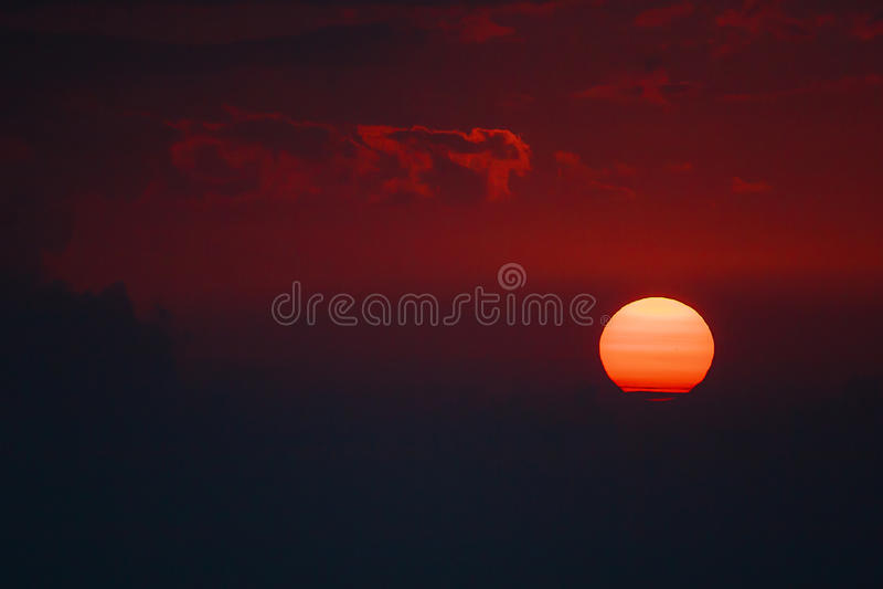 Sonnenuntergang in Bucegi-Bergen lizenzfreie stockbilder