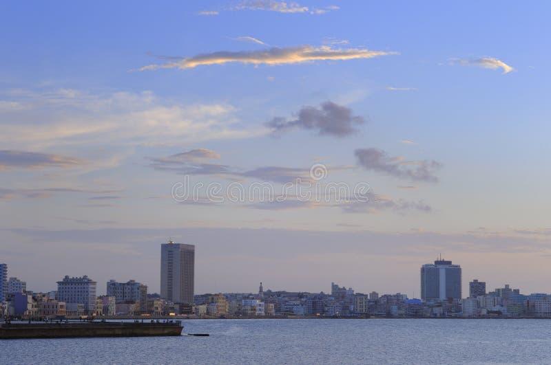 Sonnenuntergang in den Havana-Skylinen lizenzfreies stockfoto