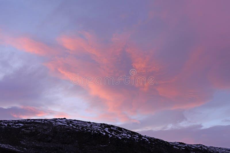 Sonnenuntergang in der hohen Arktis lizenzfreie stockfotos