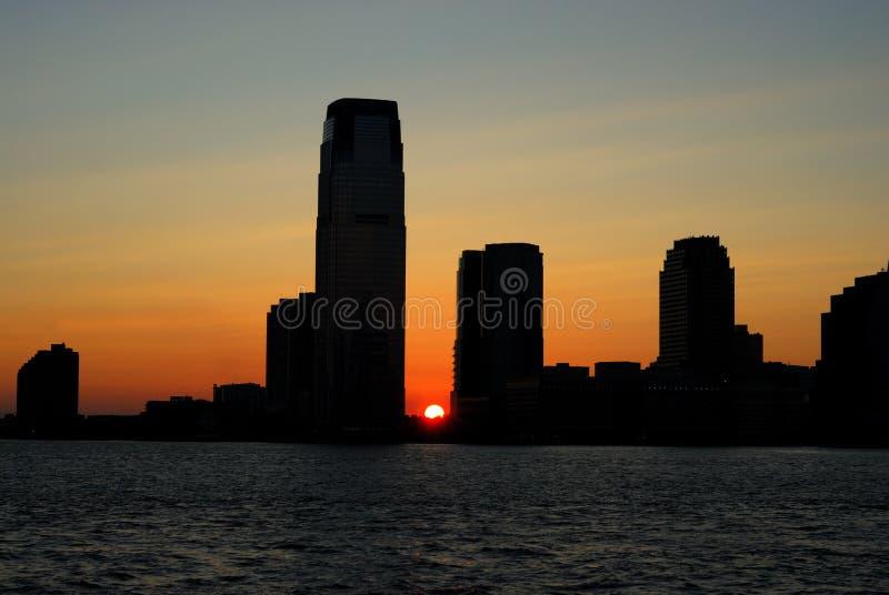 Sonnenuntergang der Skyline in New-Jersey stockfoto