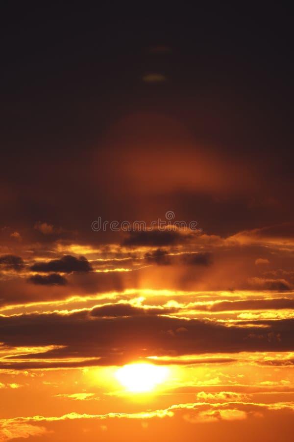 Sonnenuntergang der Stadt stockfotografie