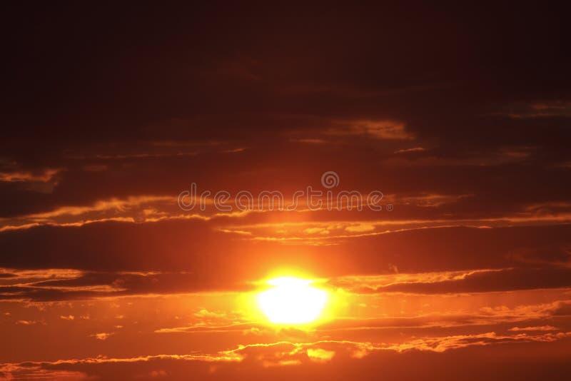 Sonnenuntergang der Stadt stockfotos