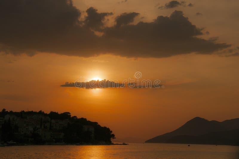 Sonnenuntergang in Dubrovnik, Kroatien lizenzfreie stockfotos