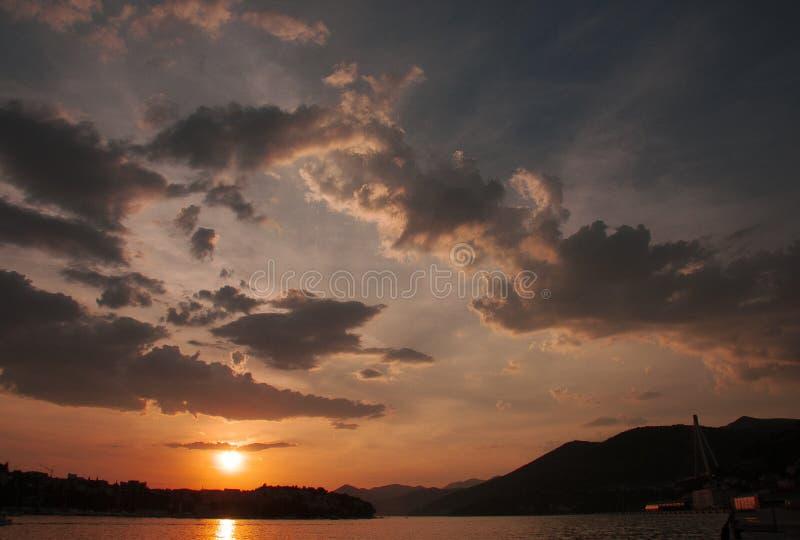 Sonnenuntergang in Dubrovnik, Kroatien stockfotografie