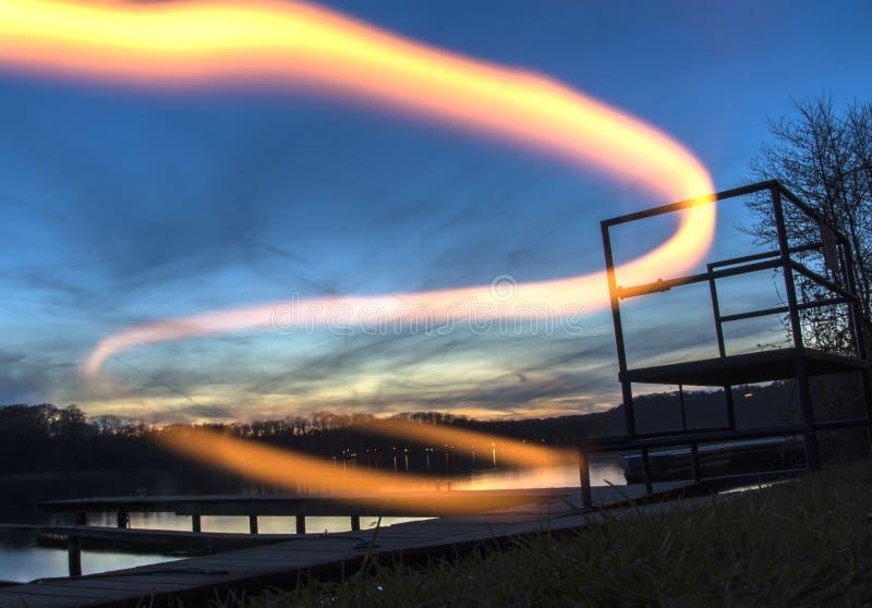 Sonnenuntergang-Feuer lizenzfreie stockfotografie