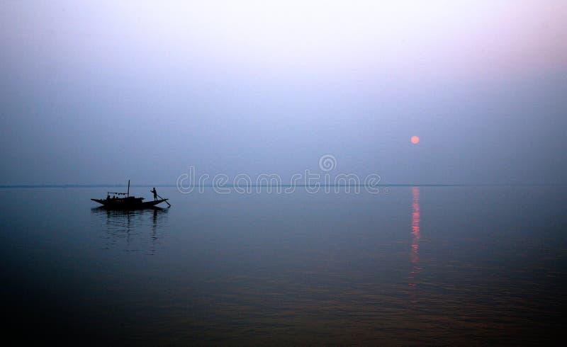 Sonnenuntergang, Ganges-Dreieck lizenzfreies stockfoto