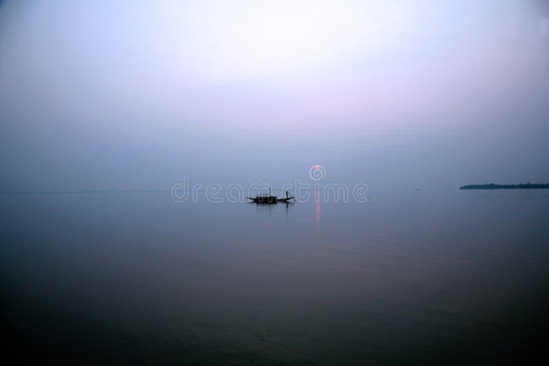 Sonnenuntergang, Ganges-Dreieck stockfotos