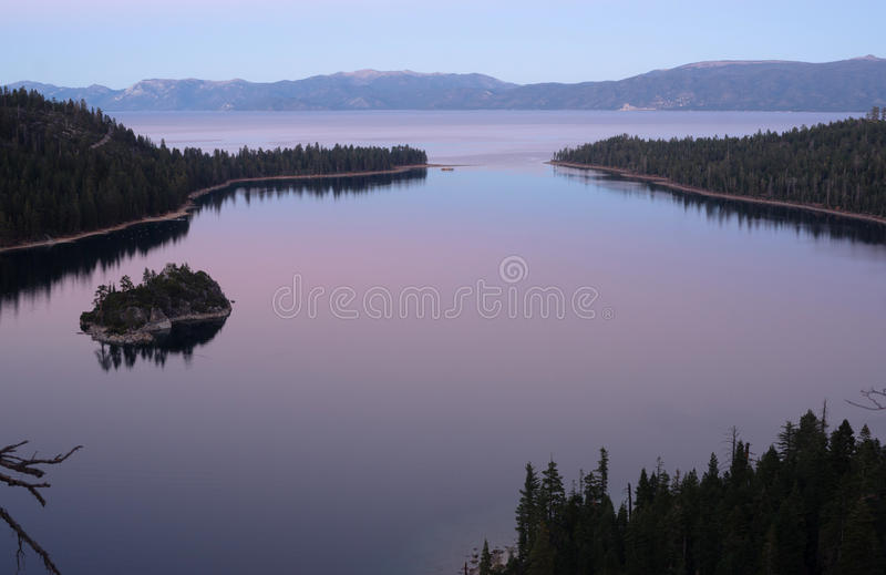 Sonnenuntergang geschützte Bucht Emerald Bay Fannette Island Lake Tahoe stockbilder