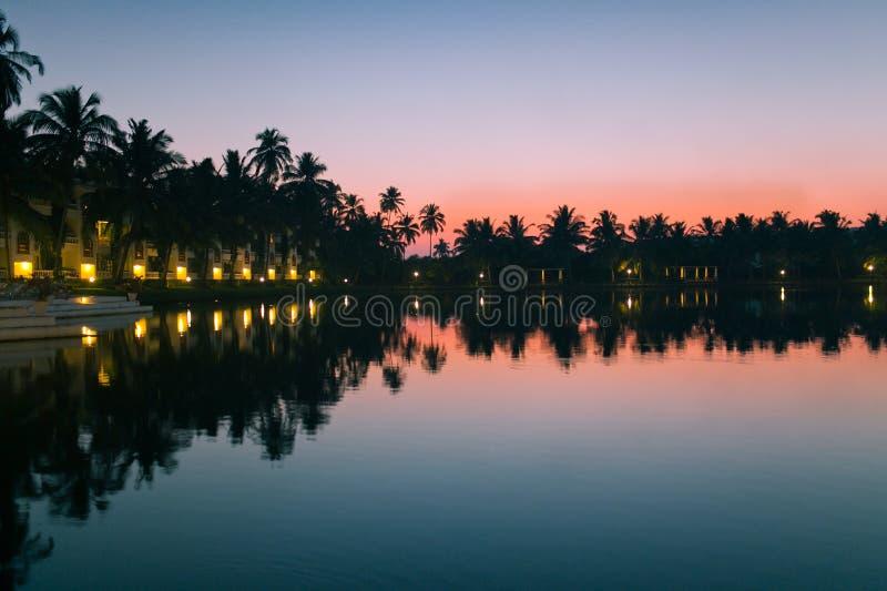 Sonnenuntergang goa lizenzfreie stockfotografie