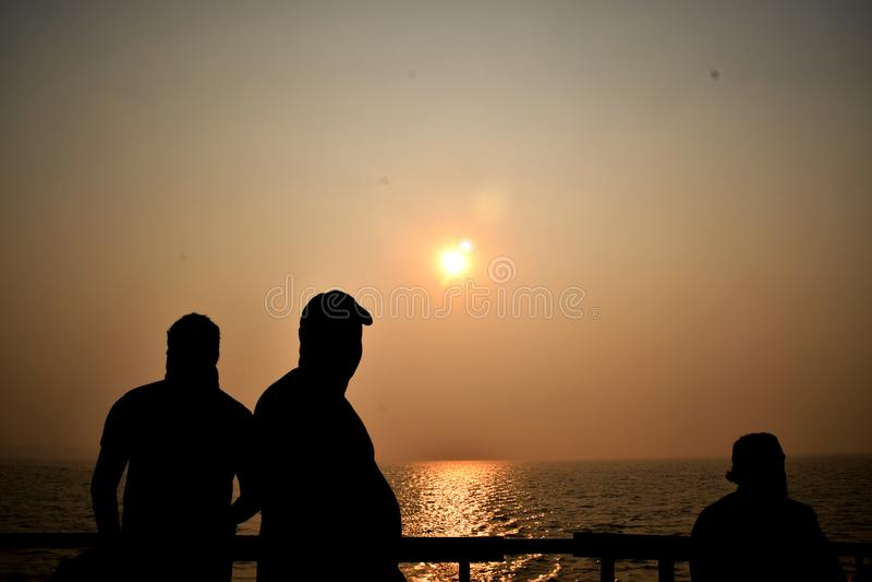 Sonnenuntergang am Golf von Bengalen lizenzfreie stockbilder