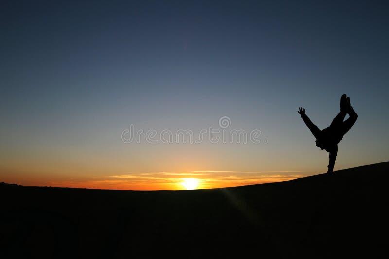 Sonnenuntergang Gymnast stockfoto