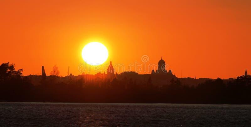 Sonnenuntergang in Helsinki lizenzfreie stockfotografie