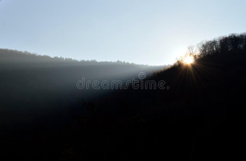 Sonnenuntergang im Herbst stockbilder