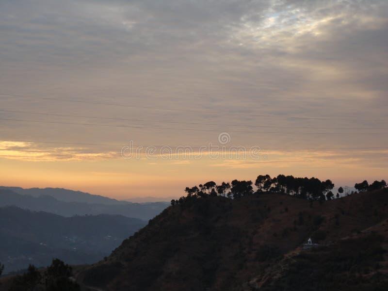 Sonnenuntergang im Himalaja lizenzfreies stockfoto