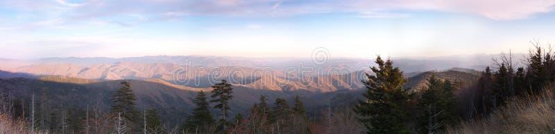 Sonnenuntergang im Smokies lizenzfreies stockbild