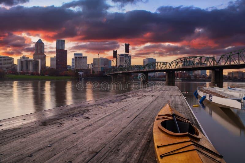 Sonnenuntergang-Landschaft von Portland, Oregon, USA. stockfotografie