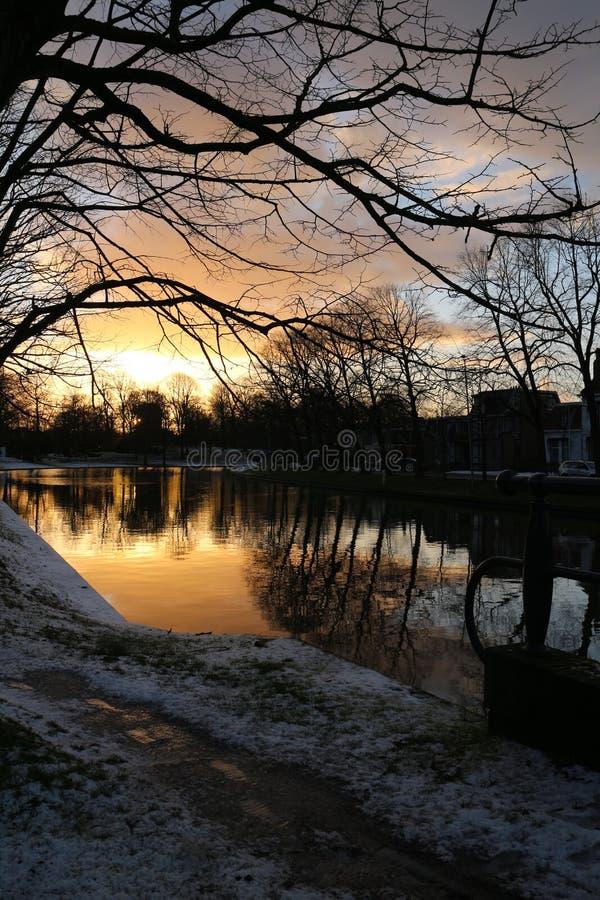 Sonnenuntergang in Leeuwarden lizenzfreies stockbild