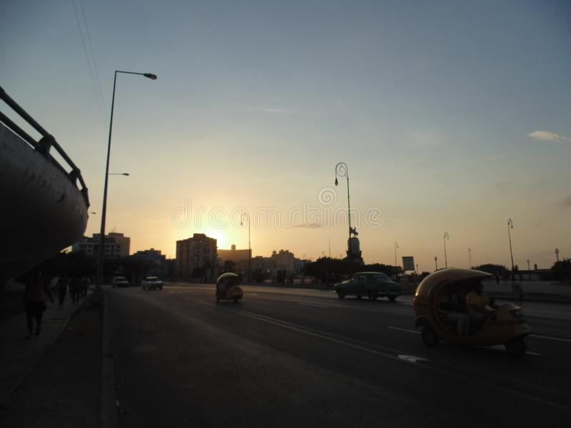 Sonnenuntergang in Malecon, Havana, Kuba stockfotografie