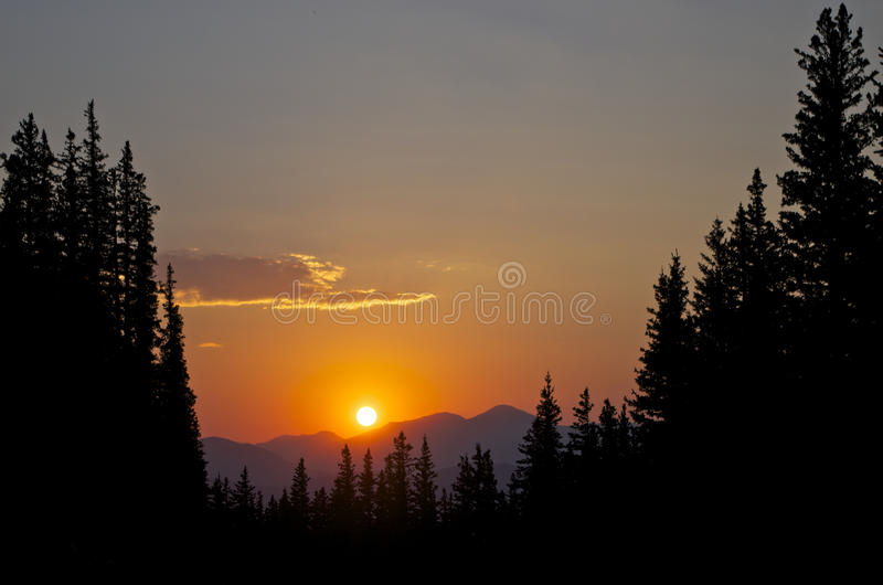 Sonnenuntergang-nahe Montierung Evans lizenzfreie stockbilder