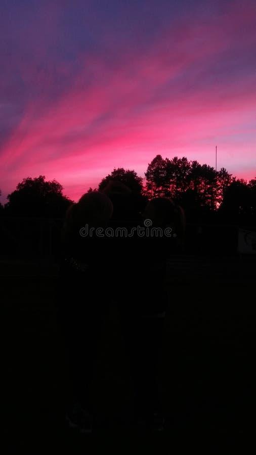 Sonnenuntergang in NY lizenzfreie stockbilder