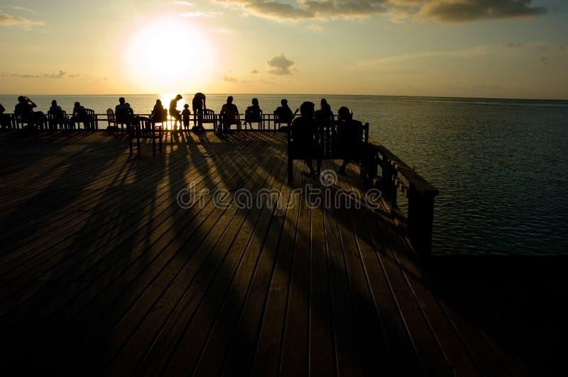 Sonnenuntergang in Ozean stockfoto