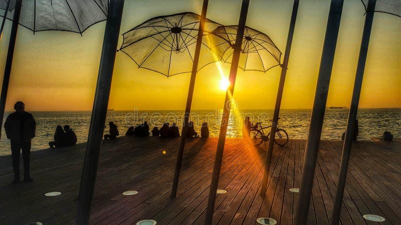 Sonnenuntergang in Saloniki-` s Hafen stockfoto