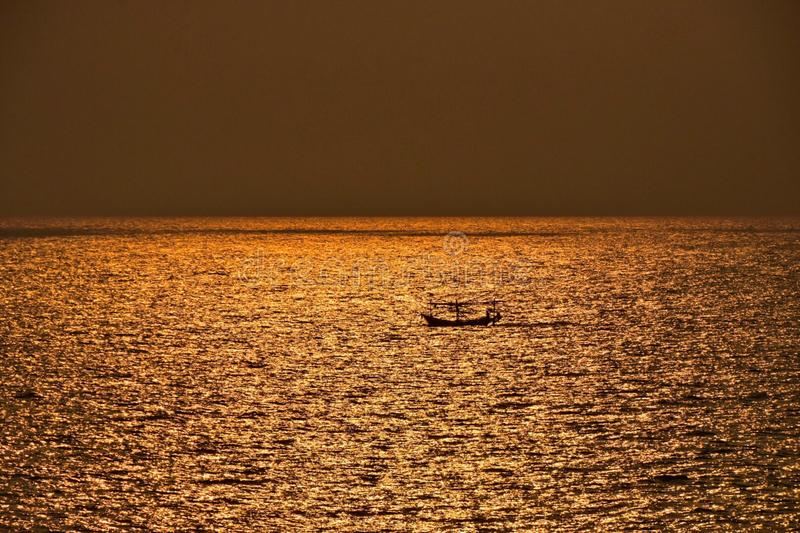 Sonnenuntergang in Samed-Insel stockfotografie