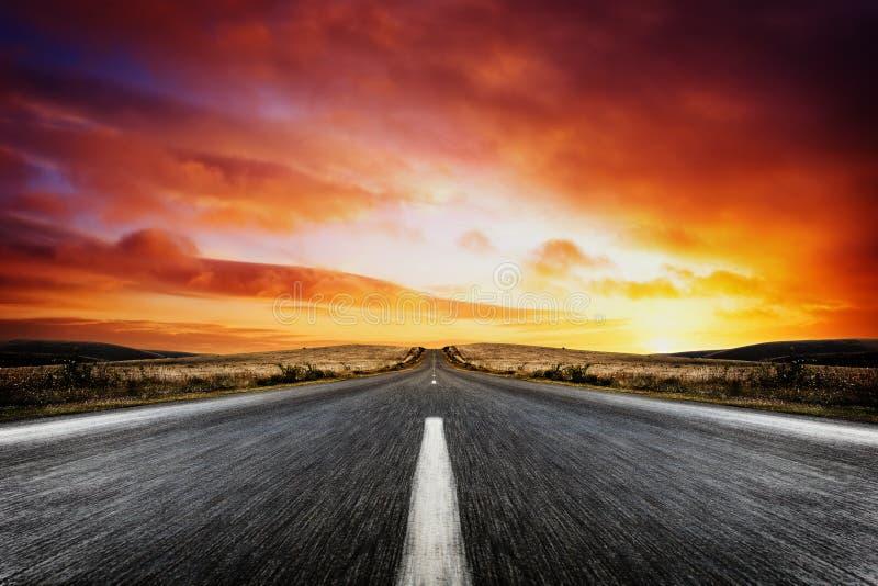 Sonnenuntergang-Streifen lizenzfreie stockbilder