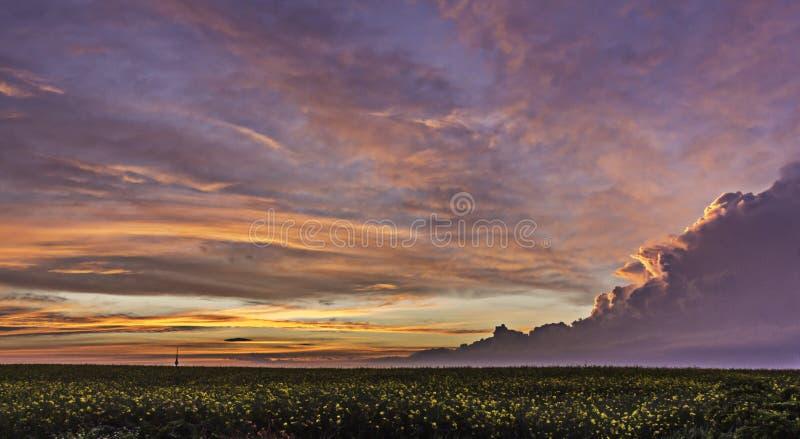 Sonnenuntergang-Sturm lizenzfreies stockbild
