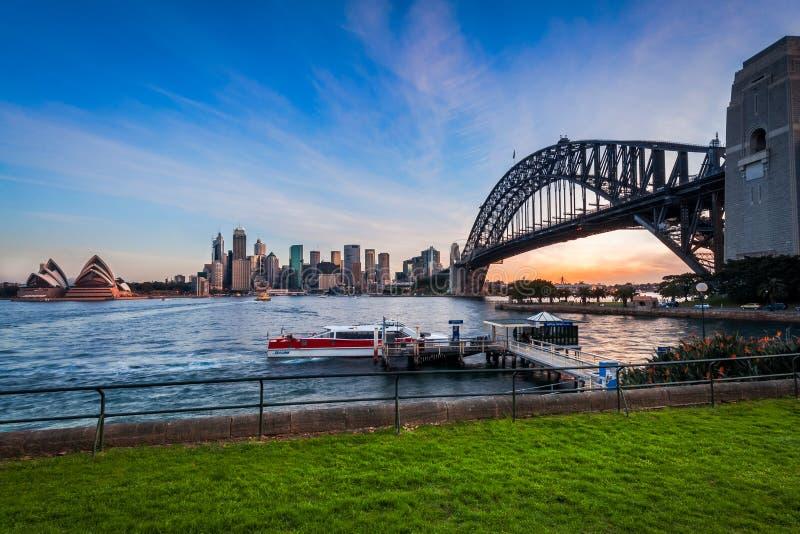 Sonnenuntergang in Sydney Harbour, Australien lizenzfreies stockfoto