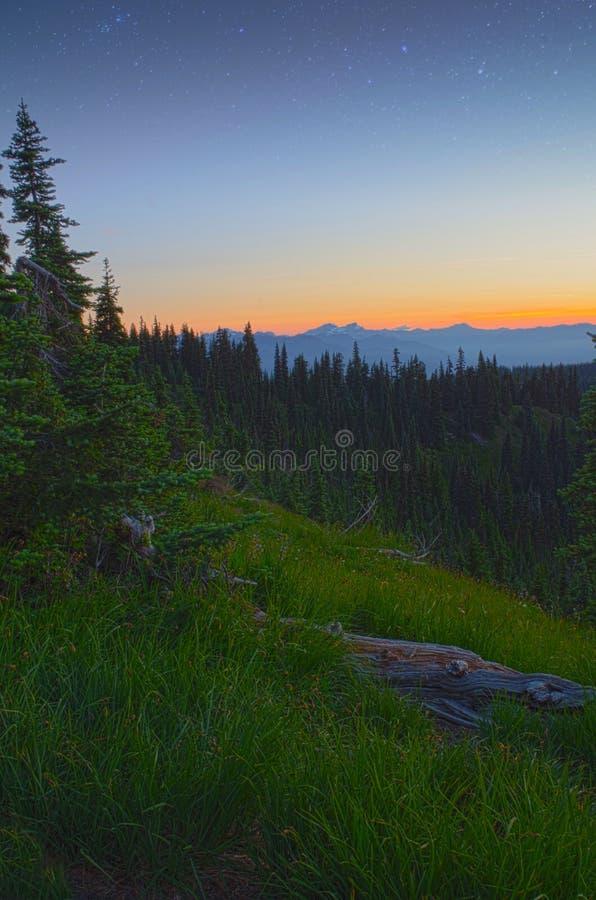 Sonnenuntergang und Stern-olympischer Nationalpark stockfoto