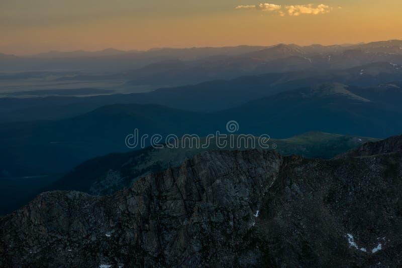 Sonnenuntergang vom Berg Evans lizenzfreie stockbilder