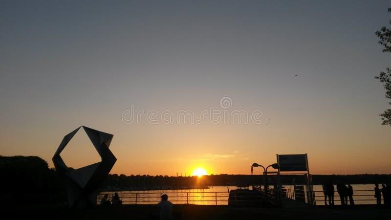 Sonnenuntergang vom See Berlins lizenzfreies stockfoto
