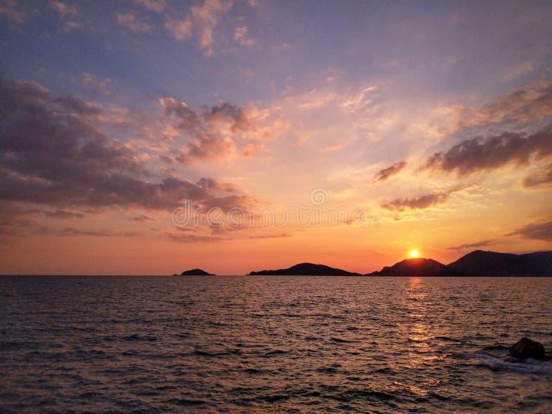 Sonnenuntergang von Dichtern stockfotos