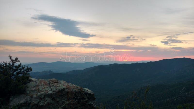 Sonnenuntergang von fern stockfotos