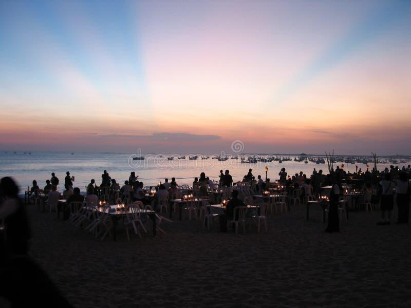 Sonnenuntergangabendessen stockbild
