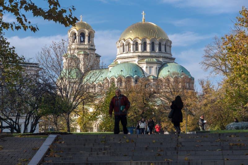 Sonnenuntergangansicht des Kathedralen-Heiligen Alexander Nevski in Sofia, Bulgarien lizenzfreies stockbild
