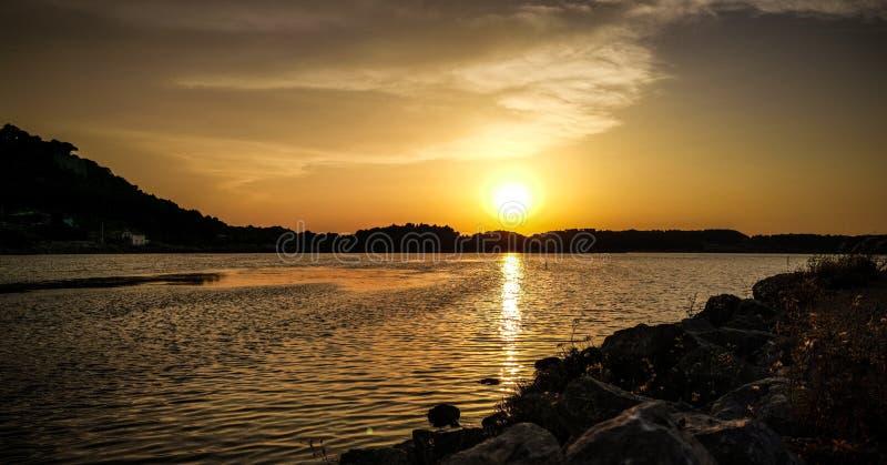 Sonnenuntergangliebhaberzeit stockfoto