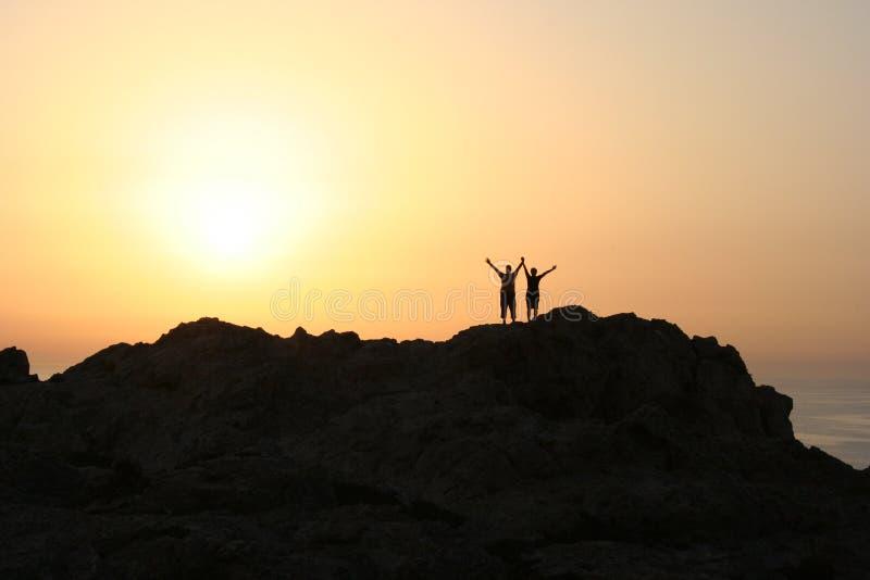 Sonnenuntergangpaare stockbilder
