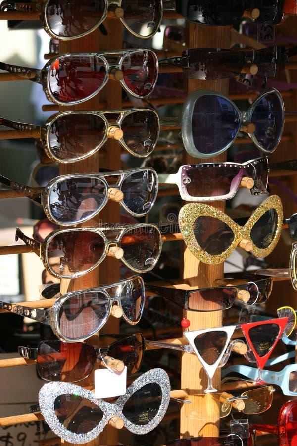Sonnige Sonnenbrillen 3 lizenzfreie stockbilder