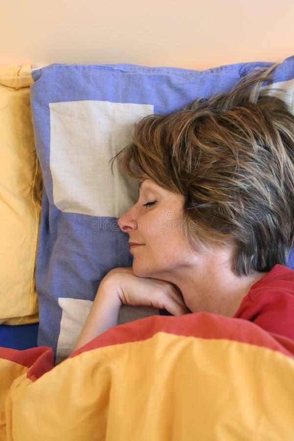 Download Sonno fotografia stock. Immagine di femmina, bellezza, sonno - 215658