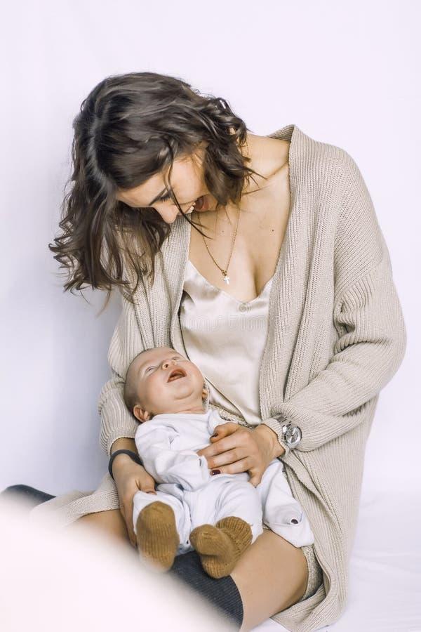 Sonno neonato del neonato immagini stock libere da diritti