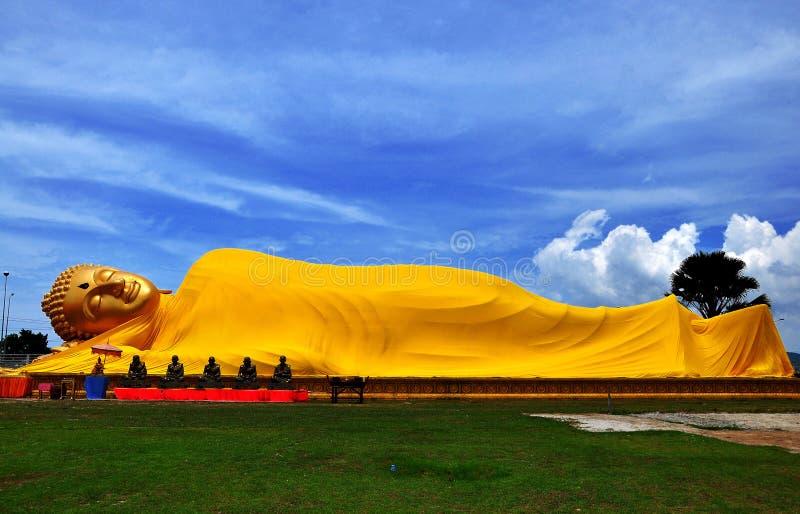 Sonno Wat Lampho Kho Yo Songkhla Tailandia di Buddha immagine stock