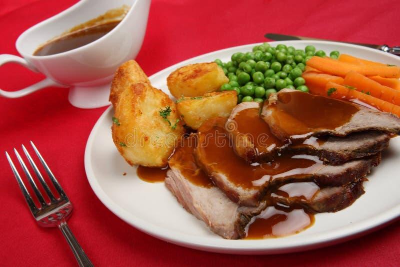 Sonntags-Braten-Lamm-Abendessen lizenzfreie stockfotografie