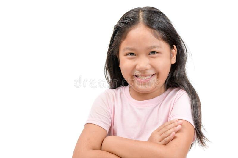 Sonrisa asiática de la muchacha linda aislada en blanco imágenes de archivo libres de regalías