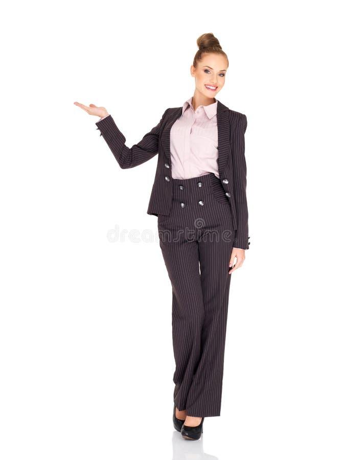 Sonrisa de la mujer de negocios de Fullbody aislada fotografía de archivo