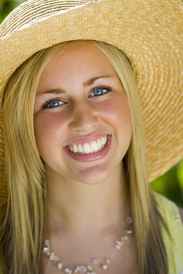 Sonrisa del verano imagen de archivo libre de regalías