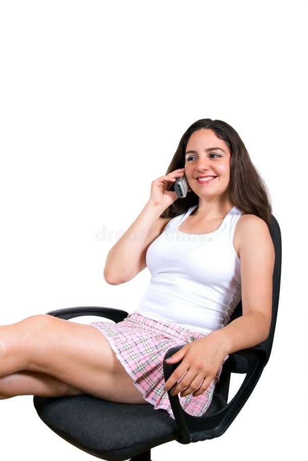 Sonrisa en el teléfono fotos de archivo