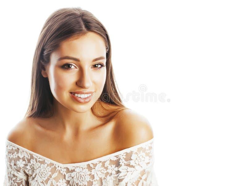 Sonrisa feliz de la mujer del pelo bastante rubio de los jóvenes aislada en b blanco fotografía de archivo
