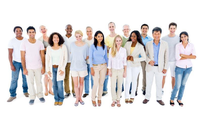 Sonrisa grande del grupo de personas imagen de archivo libre de regalías